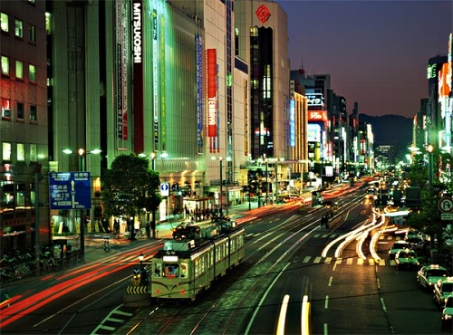 Hiroshima street view at night. Photo Credit to Lami Japan.