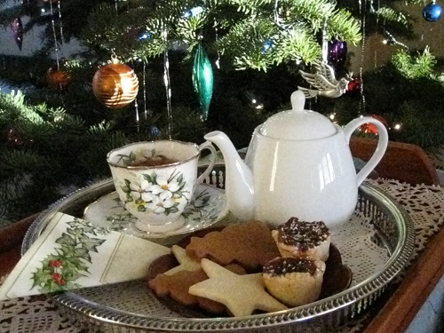 Christmas cookies & tea