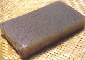 Konnyaku imo (potato). Photo credit en.wikipedia.org.